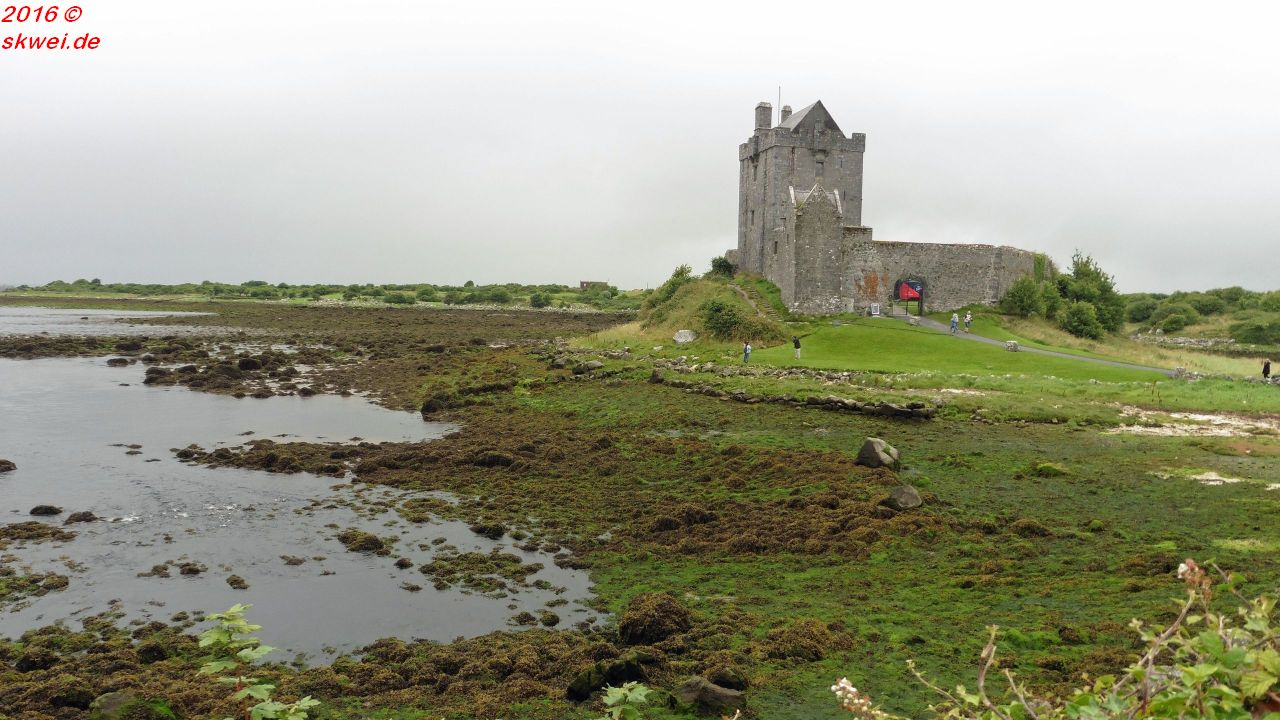 dunguairecastle