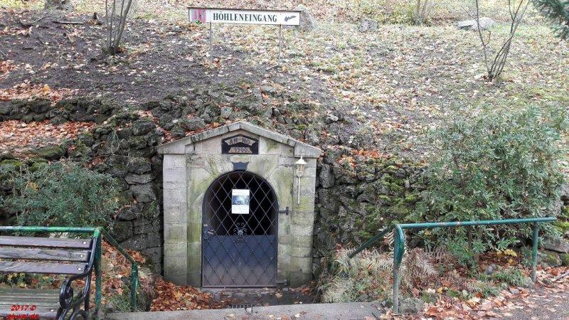 Eingang zur Altensteiner Höhle